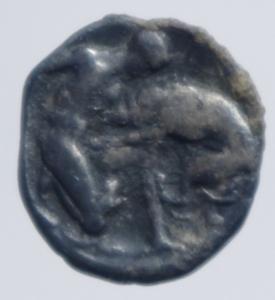 reverse: Mondo Greco. Calabria. Tarentum. 380-334 a.C. Diobolo. D/ Testa elmata verso destra. R/ Ercole che lotta con il leone Nemeo. Vlasto 1278. Peso 1,10 gr. Diametro 12,00 mm. BB+