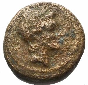 obverse: Mondo Greco - Larinum, c. 210-175 a.C.  Uncia g 3,7. mm 15,74. d/ Testa di giovane maschio a ds R / Cornucopia. HNItaly 629. qBB. Raro