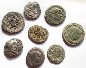obverse: Lotti - Mondo Romano. Insieme di 8 pezzi. Ae,Mi,Ag. Notati Ostiliano e Avgvsto suberato