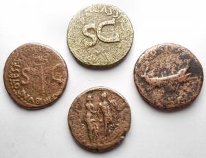 obverse: Lotti - Impero Romano. Avgvsto, Tiberio, Adriano, Faustina Figlia. Lotto di 4 Medi Bronzi