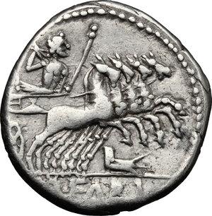 reverse: Q. Fabius Labeo.. AR Denarius, 124 BC
