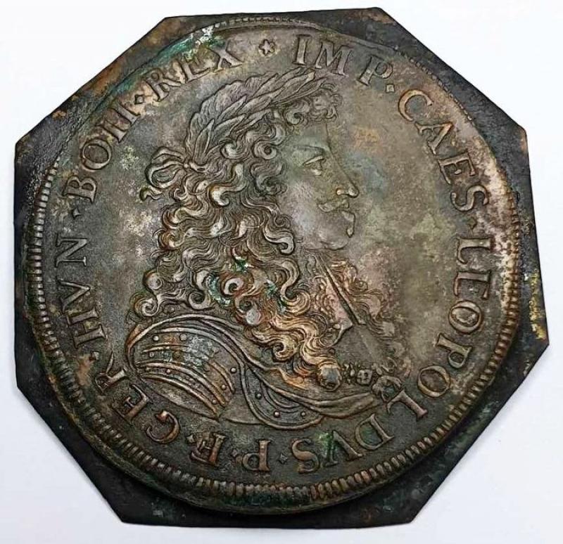 obverse: AUGSBURG (AUGUSTA), STADT, probabile prova di conio del doppio tallero del 1681  Uiface 2 pezzi in fusione rame - stagno.  12,61 gr - 46 mm circa.Vedere Dav.5044