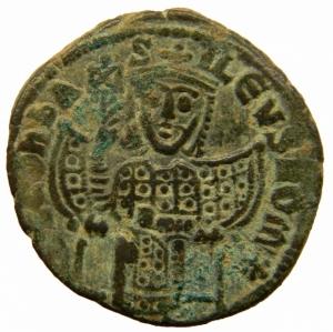 obverse: Impero Bizantino. Leone VI (886-912). Follis, Costantinopoli. D/LEON S ALEXANDROS Leone di fronte. R/ +LEON S ALEXAN GROS bASIL ROMEON Legenda in quattro righe. D.O. 6. gr. 7,30 mm. 26.00 AE. BB+.=