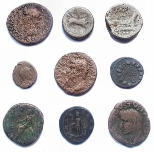 reverse: Lotti - Lot comprising 9 coins, including As Avgvstus, Caligula, Tiberius, Commodus