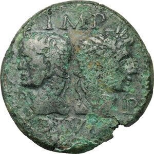 obverse: Augustus (27 BC - 14 AD) with Agrippa (died 12 BC).. AE As, Nemausus mint, 15-13 BC