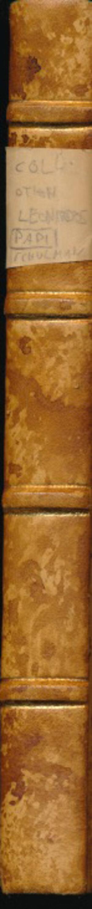 obverse: SCHULMAN J. - Aste 1927 - 1929 Amsterdam. Collezione M. Othon Leonardos di Rio de Janeiro. Parte 1: monete greche, romane, bizantine, vandaliche, ostrogote, papali e italiane. Parte 2: Monete e medaglie dell Europa, dell Asia, dell Africa e dell America, medaglie varie. Pp. 199 + 103 + Tavole 24+6 in b/n. Rilegatura rigida con dorso, angoli e piatto marmorei. Buono stato.