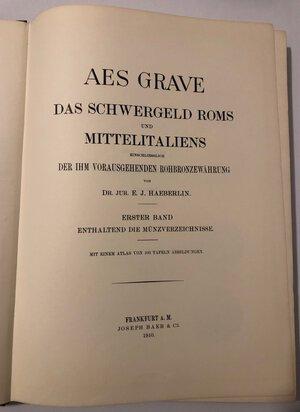 obverse: HAEBERLIN J.E.J. - Aes grave das schwergeld roms und mittelitaliens. 2 volumi (testo + tavole). Frankfurt, 1910, ristampa Forni, 1967, pp. 280+ 103 tavole in b/n. Copertina rigida in tela. Buono stato.