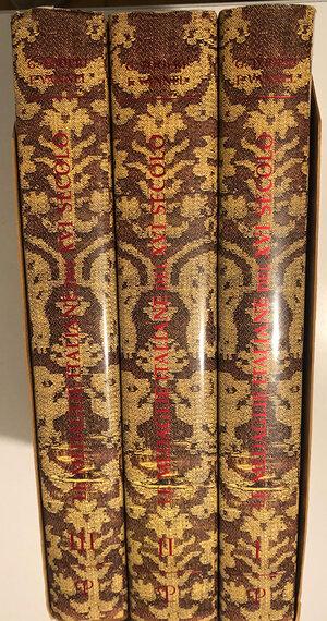 obverse: TODERI G., VANNEL F. - Le medaglie italiane del XVI secolo. Voll. I, II, III. Firenze, 2000, pp. 454+522 tavole, tavole in b/n. Copertine rigide in tela con sovraccoperta. Buono stato.