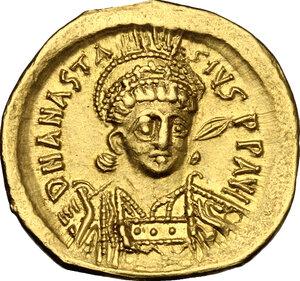 obverse: Anastasius I (491-518).. AV Solidus, Constantinople mint