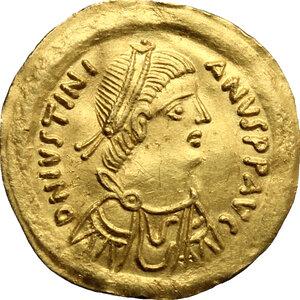 obverse: Justinian I (527-565).. AV Tremissis, Ravenna mint