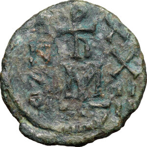 reverse: Heraclius (610-641).. AE Follis, Ravenna mint