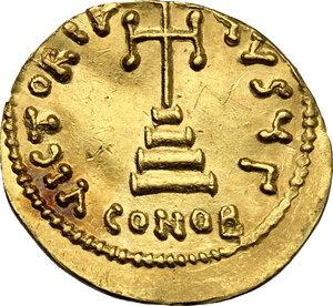 reverse: Tiberius III, Apsimar (698-705).. AV Solidus, Constantinople mint
