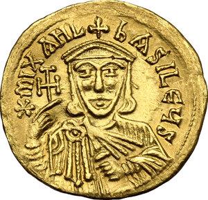 obverse: Michael II, the Amorian (820-829).. AV Solidus, Constantinople mint