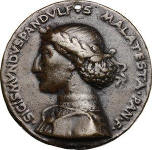 obverse: Sigismondo Pandolfo Malatesta (1432-1468), Signore di Rimini.. Medaglia di fondazione, 1450, per la costruzione della Chiesa di San Francesco a Rimini (Tempio Malatestiano)