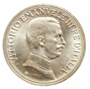 obverse: Casa Savoia. Vittorio Emanuele III. 1900-1943. 2 lire 1915. AG. Pag. 738. Mont. 155. qFDC. Segnetto sul ciglio.