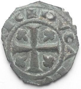 reverse: Brindisi. Carlo I d'Angiò (1266-1278), Denaro ca. 1276 BI g 0,71 d/ KAR  sopra, ΩΩ, sotto globetto r/ Croce con fiordalisi negli angoli, volti verso il centro. Spahr 50