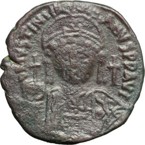 obverse: Justinian I (527-565).. AE half Follis, Constantinople mint. Dated RY 16 (542/43)