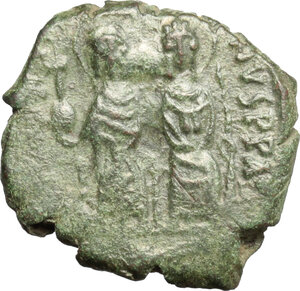 obverse: Justin II, with Sophia (565-578). . AE Half Follis. Thessalonica mint. Dated RY 5 (569/70)