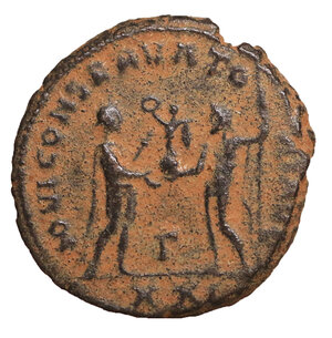 reverse: Diocletianus (284-305 AD). AE Antoninianus. 4.55 gr. – 19.9  mm.  Siscia (Sisak), 293-295. O:\ IMP CC VAL DIOCLETIANVS AVG Radiate, draped and cuirassed bust right, seen from behind. R:\ CONCORDIA MIL-ITVM Diocletian standing right, holding parazonium, and receiving Victory from Jupiter standing left, holding sceptre; in lower centre field, Γ. In exergue, XXI•. Cohen 33. RIC 256. XF+