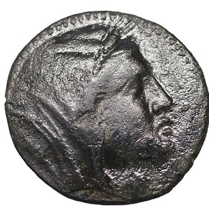 obverse: Bruttium, Petelia. Circa 280-216 BC. AE Triens. 22 mm - 7,04 gr. O:\ Veiled head of Demeter right. R:\ Zeus advancing left, head right, holding thunderbolt in right hand overhead, sceptre in left. SNG ANS 602 var. Rare. aXF
