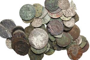 obverse: Interessante lotto di sessantaquattro (64) monete medievale di varie zecche