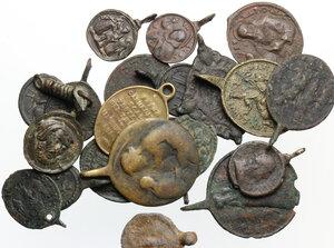 obverse: Interessante lotto di ventuno (21) medagliette devozionali di varie epoche