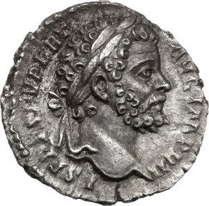 obverse: Septimius Severus (193-211) . AR Denarius, 194-195 AD