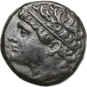 obverse: Syracuse.  Hieron II (275-215 BC).. AE 27 mm, c. 230-218/5 BC