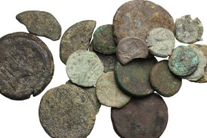 obverse: Roman Republic.. Multiple lot of 20 coins, all AE but for a broken AR Victoriatus. Noted: 2 Half Units, Neapolis