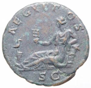 reverse: Impero Romano. Adriano. 117-138 d.C. Asse. AE. D/ HADRIANVS AVG COS III PP. Busto a testa nuda, drappeggiato e corazzato a destra. R/ AEGYPTOS SC. L  Egitto semisdraiato a sinistra, con un sistro si appoggia con il gomito su di un cesto, davanti un ibis. RIC 839. Peso 8,60 gr. Diametro 24,00 mm.SPL. Patina . RR