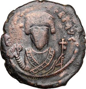 obverse: Phocas (602-610).. AE Follis, Constantinople mint