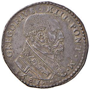 obverse: Ancona. Gregorio XIII (1572-1585). Testone 1581 AG gr. 9,41. Muntoni 201. Berman 1213. Dubbini-Mancinelli pag. 152 (4° tipo). MIR 1211/1. Raro. Conservazione da ritenersi eccezionale per  il tipo di moneta, più di SPL