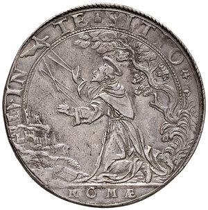 reverse: Roma. Sisto V (1585-1590). Piastra 1588 anno IV AG gr. 31,17. Muntoni 7. Berman 1313. MIR 1324/1. Molto rara. Taglio rifilato, altrimenti bell'esemplare. q.SPL 2.500