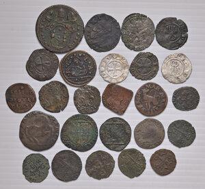 obverse: Epoca medioevale e moderna. Lotto di venticinque monete in mistura e rame di diverse zecche italiane. Presenti alcune rarità.  Da MB a buon BB