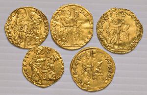 obverse: Venezia. Lotto di cinque monete. Michele Steno (1400-1413), ducato (2). Lorenzo Priuli (1556-1559), zecchino. Domenico Contarini (1659-1675), zecchino. Alvise Contarini (1676-1684), zecchino.  Da q.BB a q.SPL