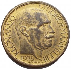 obverse: Savoia - Regno di Italia. Vittorio Emanuele III (1900-1943). 2 lire 1928 fiera di Milano. Mont. 09. AE dorato. SPL.