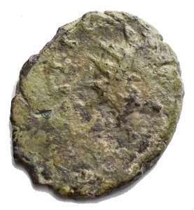 obverse: Varie - Impero Romano. Usurpatori delle Gallie. 3° Sec dc. Antoniniano con rovescio incuso g 1,6. Patina verde