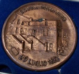 obverse: Medaglie - Dovia di Predappio. 1983 Centenario della nascita. Ae. gr 209,7. mm 77,2