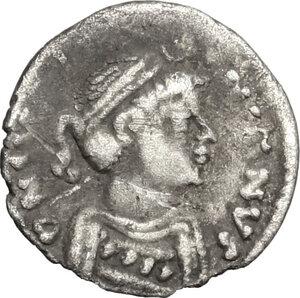 obverse: Justinian I (527-565).. AR 1/4 Siliqua, Ravenna mint