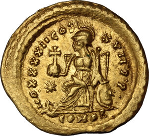 reverse: Theodosius II (408-450).. AV Solidus, Constantinople mint, 441-450 AD