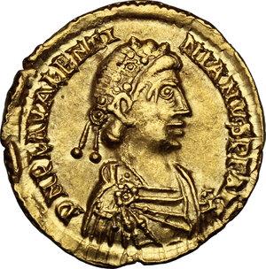 obverse: Valentinian III (425-455).. AV Solidus, Ravenna mint