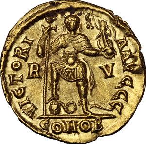 reverse: Valentinian III (425-455).. AV Solidus, Ravenna mint