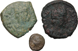obverse: Ostrogothic Italy. Multiple lot of three (3) AE coins of Ravenna mint, c. mid-6th century AD: AE Decanummium FELIX RAVENNA (2) and AE 2.5 Nummi of Justinian I