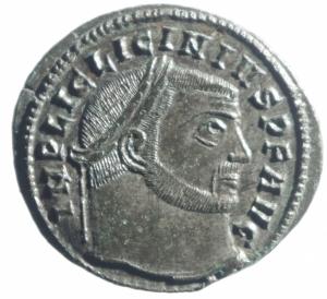 obverse: Impero Romano. Licinio I. 308-324 d.C. Follis. AE. Siscia. D/ IMP LICINIVS PF AVG. Testa laureata a destra. R/ IOVI CONSERVATORI. Jupiter stante a sinistra tiene Vittoria e scettro. Ai suoi piedi aquila. Nel campo a destra A. In esergo: SIS. Peso gr. 4,55. SPL+. R.