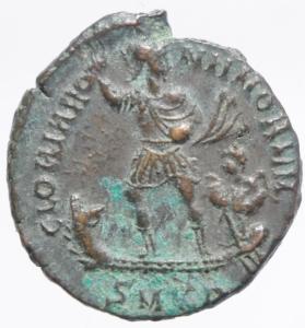 reverse: Impero Romano.Valentiniano II . Maiorina pecunia . 378-383 d.C. D\ Dominus Noster Valentinianus Pius Felix Augustus busto di Valentiniano Armato e elmato verso destra R\GLORIA RO-MANORVM Valentiniano con mantello ed elmo su galea a sinistra una vittoria, in esergo SM K A,Cizico C.22 - RIC.14 b (R2) - LRBC.2374 - RC.4161 (45) - MRK.159 /22 var..Peso 5,40 gr.Diametro 24,00 mm.SPL