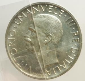 reverse: Casa Savoia. Vittorio Emanuele III. 5 Lire 1930. Gig.77.Ar. Aquiletta. FDC. Periziata