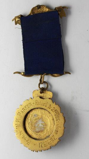reverse: Massoneria Inglese. Royal Antediluvian Order of Buffaloes. Grand Lodge of England. Medaglia con nastrino e fascette assegnata a W. H. Parker (Raised to 2nd Deg. June 28th 1921) dalla Joseph Tudor Lodge 2868