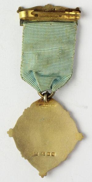 reverse: Massoneria inglese. Royal Masonic Institution for Boys (Devonshire). Medaglia 1932 con nastrino decorato e fascetta STEWARD