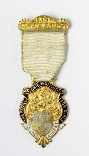 obverse: Massoneria inglese. Royal Masonic Institution for Girls. Medaglia con nastrino e fascetta STEWARD 1951