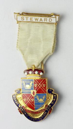 obverse: Massoneria inglese. Royal Masonic Institution for Girls. Medaglia 1959 con nastrino e fascetta STEWARD